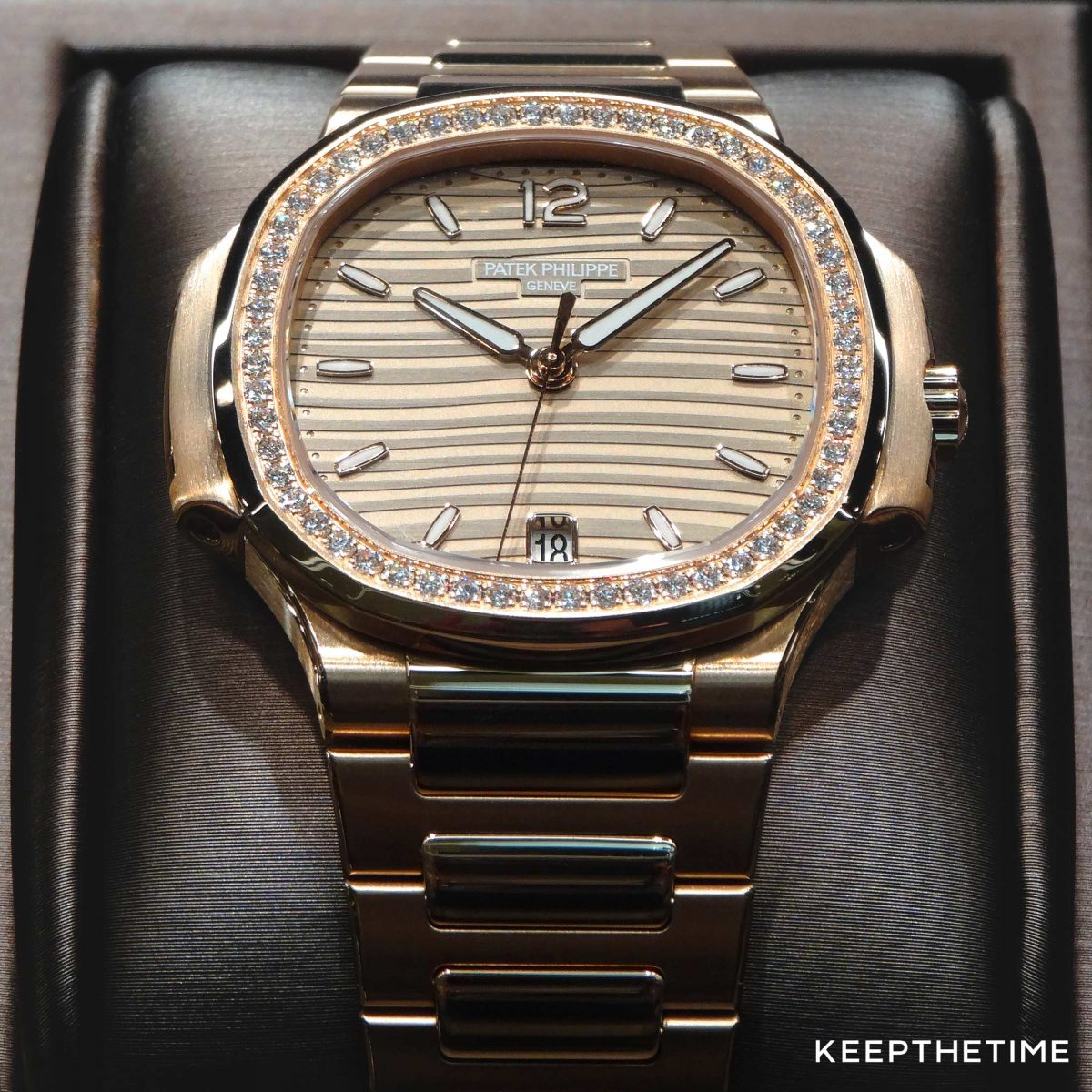 Watch Identifier: Ladies Patek Philippe Nautilus Best Clone Watches In Rose Gold With Diamond Bezel Review